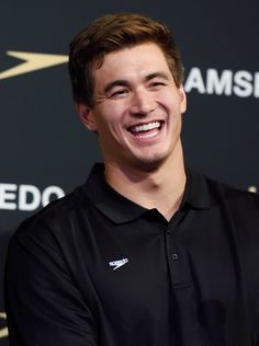 I'm a gay woman, but I have two eyes that work properly, and I would like to stand up here today and say without literally any shadow of a doubt, that Olympic swimmer Nathan Adrian is hot. And also that he is the hottest one on the US Olympic swim Olympic Medals, Olympic Team, Olympic Sports, 2020 Olympics, Summer Olympics, Nathan Adrian, Olympic Swimming, Olympic Athletes, Attractive Guys