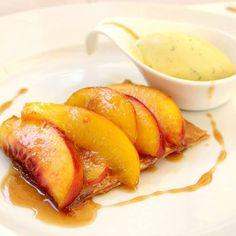 Caramelized peach sfoglietta
