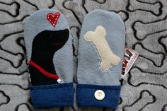 Handmade 100% WOOL recycled sweater MITTENS, Fleece Lined, DOG Black Labrador Retriever