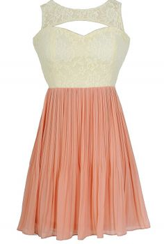 Pretty and Pleated Lace Dress in Ivory/Pink