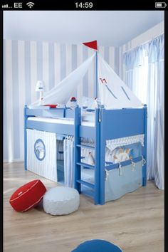 Boat bunk bed 0) & 10 cute pirate gifts for kids on Talk Like a Pirate Day | Bunk bed ...