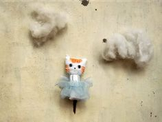 the dancer stuffed cat plushie tiny doll in cotton by vumap The Dancer, Tiny Dolls, Plushies, Pet Toys, Handmade Items, Miniatures, Kitty, Pet Lovers, Christmas Ornaments