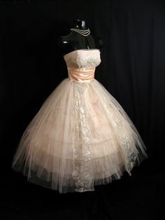 1950's strapless bombshell pink apricot silver metallic tulle taffeta lace party dress