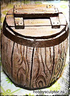 Мк имитация дерева «Бочонок медовый» http://dcpg.ru/mclasses/1224/ Click on photo to see more! Нажмите на фото чтобы увидеть больше! decoupage art craft handmade home decor DIY do it yourself tutorial varnish napkin