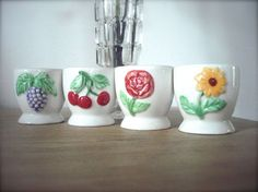 French vintage egg cups op Etsy, 11,62 €