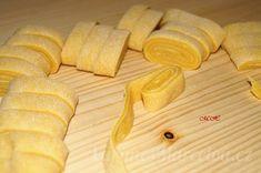 Těsto na domácí těstoviny Bread, Food, Brot, Essen, Baking, Meals, Breads, Buns, Yemek