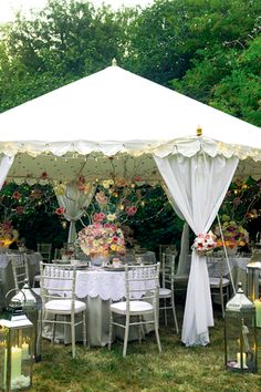Create a romantic summer wedding with beautiful vintage touches. Lanterns and fairy lights make for a magical setting when dusk turns into evening.