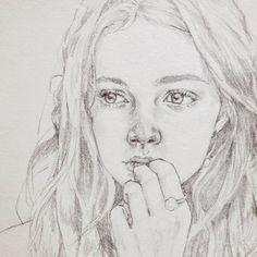 #draw #drawing #illust #illustration #sketch #pencil #girl #pencildrawing #art #doodle #스케치 #드로잉 #일러스트 #소녀 #연필그림 #감성 #인물화 #손그림 #취미 #hair #model #모델