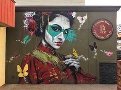 Parece que poco a poco la sociedad empieza a darle una oportunidad al street art o arte urbano. Lo digo porque cada vez es más frecuente ver a artistas que se inclinan por este tipo de disciplina a…