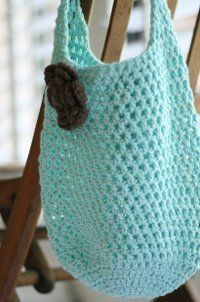 Crochet your own Two Hour Tote with this free crochet pattern