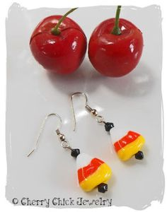 Halloween Candy Corn Lampwork Beaded Earrings...