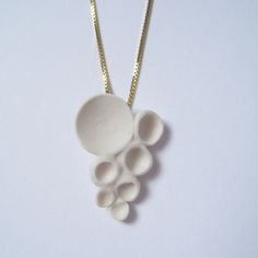 Porcelain Jewelry, Ceramic Jewelry, Pearl Necklace, Ceramics, Pearls, Necklaces, Pendants, String Of Pearls, Ceramica
