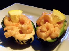 A seafood starter presented on top of half of an avocado. South African Dishes, South African Recipes, Ritz Recipe, Creamed Chipped Beef, Finger Food Appetizers, Appetizer Recipes, Homemade Teriyaki Sauce, Christmas Lunch, Tasty Kitchen