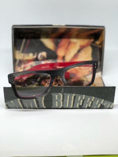 Personalized Engraving Included Diva Sunglass Case