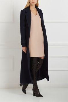 Платье из шерсти мериноса Avelon - Платье светлого кремового цвета из коллекции нидерландского бренда Avelon в интернет-магазине модной дизайнерской и брендовой одежды
