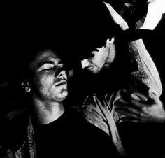 Keanu and his love of his life river phoenix Keanu Reeves Life, Keanu Charles Reeves, River Phoenix Keanu Reeves, My Own Private Idaho, River I, Fanart, Film Stills, Beautiful Men, Beautiful People
