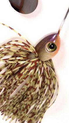 Handmade spinner baits by HUNYHOLE BAITS. Susky by HunyholeBaits