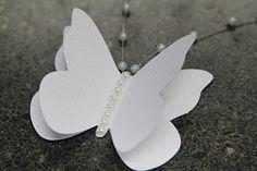 quadro feito de borboletas de papel passo a passo