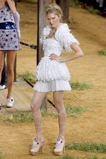 Chanel Spring 2010 #Chanel #Runway #Fashion