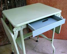 Vintage -refurbished- Metal Typewriter Desk