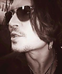 Johnny Depp #rockstar #gorgeous #mcm  follow me I follow back <3