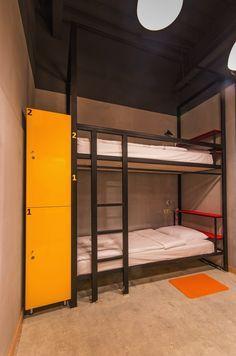 44e2ccdccdbf3f9a7ffa519d119dc661--capsule-hotel-bunk-beds.jpg (236×356)