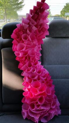 Dyed coffee filter coral on its way to VBS. So cool and creative! Coffee Filter Coral, Coffee Filter Flowers, Coffee Filters, Under The Sea Theme, Under The Sea Party, Little Mermaid Parties, The Little Mermaid, Ocean Themes, Mermaid Birthday