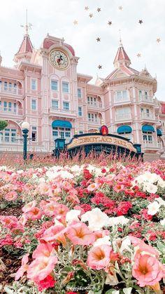 Disney, Disney Halloween, Disneyworld He.