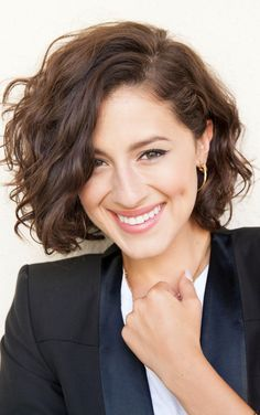 Wavy bob inspiration - Now only if my hair would cooperate.