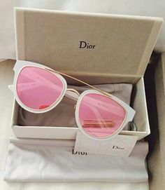 Shared by . Find images and videos about dior, pink and sunglasses on We Heart It - the app to get lost in what you love. Cute Sunglasses, Ray Ban Sunglasses, Cat Eye Sunglasses, Mirrored Sunglasses, Sunglasses Women, Dior Sunglasses, Vintage Sunglasses, Lunette Style, Discount Ray Bans
