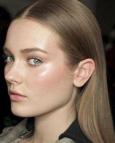 Sleek straight hair + clean fresh makeup