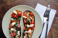 Eggplant with mozzarella, tomato, capers, anchovy, + basil Bruschetta, Clean Eating, Healthy Eating, Tasty, Yummy Food, Veggie Dishes, I Love Food, Food For Thought, Healthy Recipes