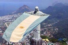 Alta en el cielo... Brasil decime que se siente... pic.twitter.com/CBd3iN9CMs