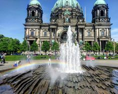 """""""Somewhere over the #rainbow"""" in beautiful #Berlin, #Germany 📸: michelle #photooftheday #travel #travelgram #familyvacation"""