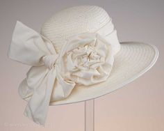 creme-ivory-accessoires-wedding-strawhat-strohhut-rose-seegang.berlin-750px