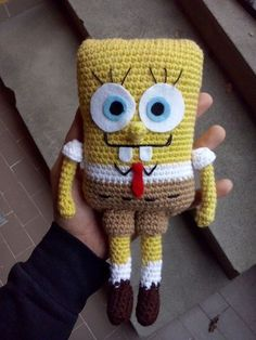 Amigurumi this technique is adapted to toys. formerly dowry, young girls' new preference as weave … Minion Crochet Patterns, Crochet Doll Pattern, Amigurumi Patterns, Crochet Dolls, Cute Crochet, Crochet For Kids, Crochet Crafts, Crochet Baby, Crochet Projects
