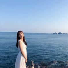 Couple Aesthetic, Aesthetic Girl, South Korean Girls, Korean Girl Groups, April Kpop, Kim Sejeong, Kim Sang, Uzzlang Girl, Glitter Girl