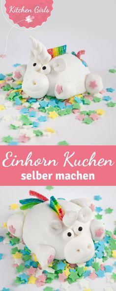 Einhorn Kuchen für alle! Je bunter die Streusel und umso mehr Regenbogen, desto besser! Wir haben Rezept und Anleitung für das magische Einhorn aus Kuchen und Fondant für euch.