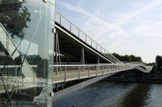 Simone de Beauvoir Footbridge By Dietmar Feichtinger Architectes-© Jo Pesendorfer-03 | Designalmic