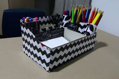 Reaproveite caixas de sapato, sobras de papel de presente, embalagens e rolos de…