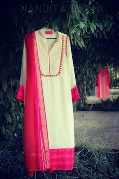 Colors & Crafts Boutique™ offers unique apparel and jewelry to women who value versatility, style and comfort. For inquiries: Call/Text/Whatsapp Salwar Pattern, Kurti Patterns, Salwar Designs, Blouse Designs, Indian Attire, Indian Wear, Kurta Style, Kurta Neck Design, Embroidery Suits