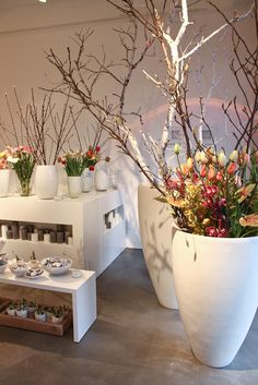 Frühling im Blumenladen / Spring flowers in our flower shop