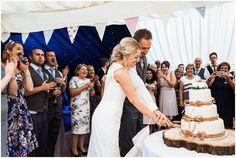 Cake cutting at Spetchley Park Wedding #weddingcake