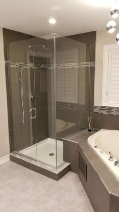 Home Depot Bathroom Shower Tile Corner Jacuzzi Tub, Jacuzzi Bathroom, Big Bathtub, Corner Tub, Master Bathroom Shower, Bathtub Shower, Simple Bathroom, Bathroom Faucets, Modern Bathroom