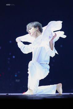 I cried bc of this performance omg 😭😭 He is a real angel 💙. Park Ji Min, Jikook, Busan, Mochi, Bts Bangtan Boy, Bts Jimin, Kpop, Mma 2019, Bts Love