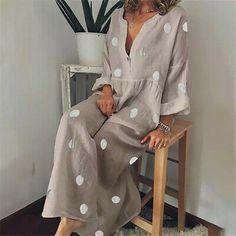 ROBES shop – Long Sleeves Boho V-neck Cotton Dresses online. Wineries … – ROBES shop – Long Sleeves Boho V-neck Cotton Dresses online. Mode Hippie, Mode Boho, Polka Dot Maxi Dresses, Cotton Dresses, Printed Dresses, Linen Dresses, Dot Dress, Dresses Dresses, Dress Vestidos