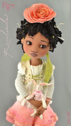 This is a really cute doll- site has lots of interesting tutorials- use google or bing to translate the page.Rosalinda, segunda versión de diseño original julio 2013 -
