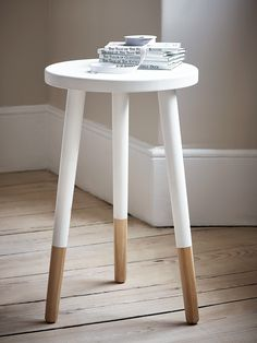 With a contemporary painted finish, our low dipped stool are available with a white or grey finish and feature three sleek legs revealing the natural oak finish at the feet. These sturdy, stylish stools are perfect for your little ones room and the flat top means they also work as a handy side table.