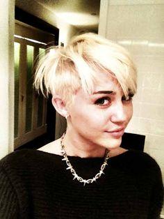 Miley Cyrus mit stylischem Undercut
