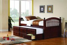 Traditional Cherry Wood Twin Daybed W/Trundle